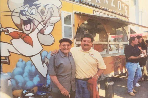 PapaGanzo-Mike-at-Fair